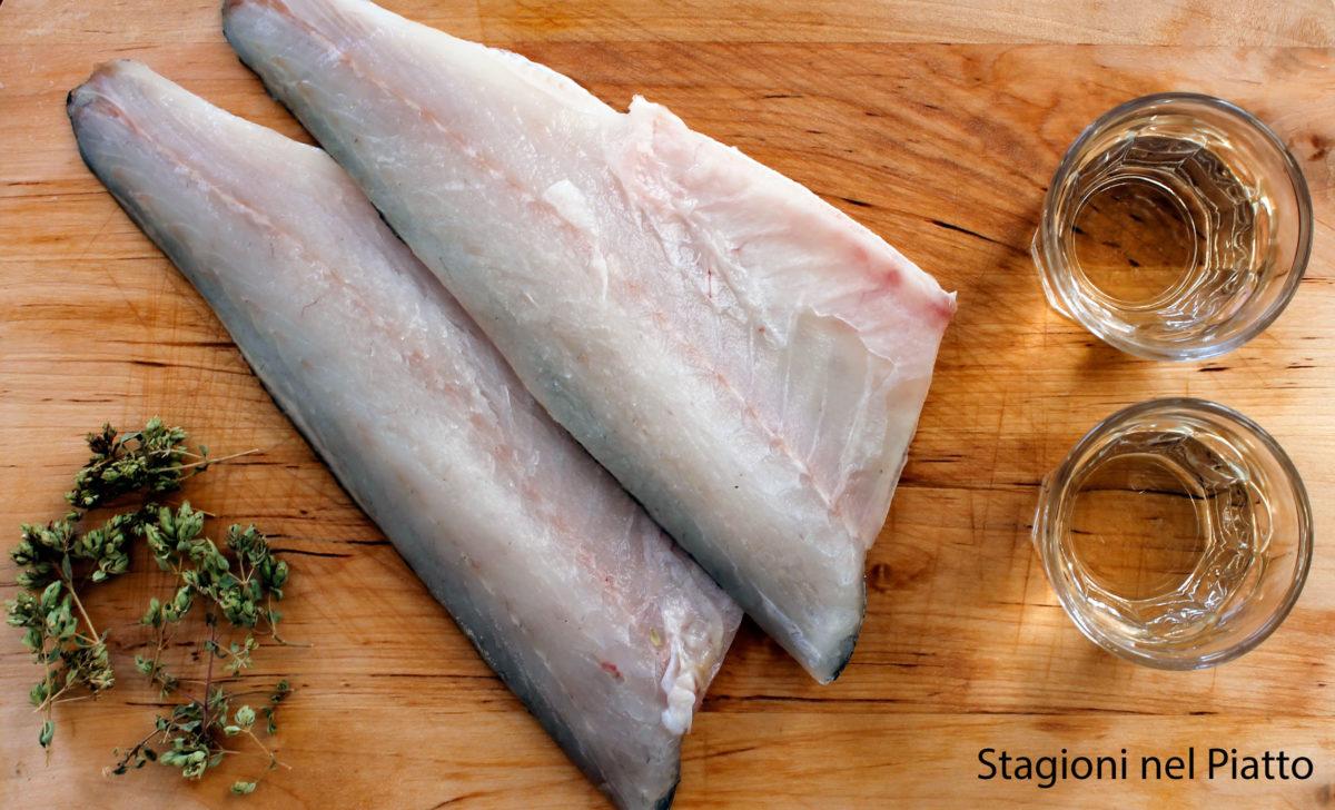 Filetti di branzino al vino bianco stagioni nel piatto for Cucinare branzino