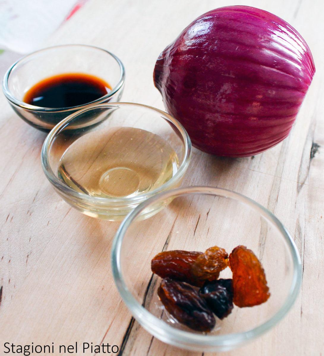 ingredienti cipolle caramellate con miele e uvetta
