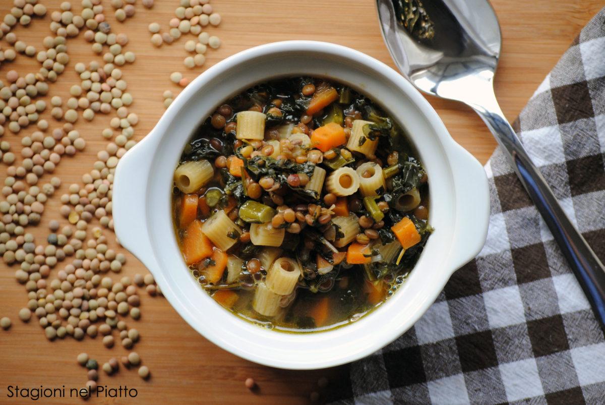Zuppa di cavolo nero e lenticchie