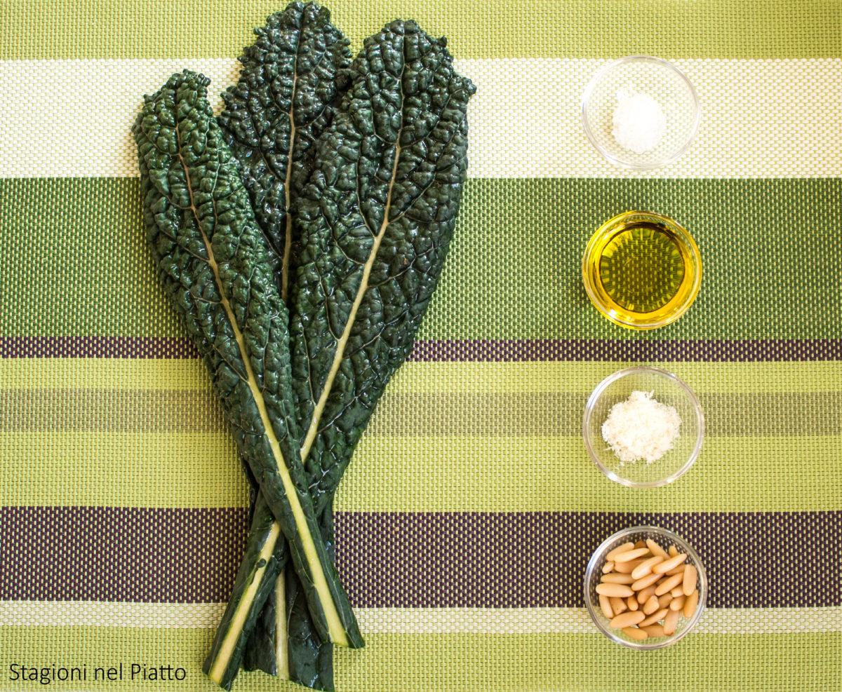 ingredienti pesto di cavolo nero