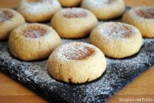 Biscotti al farro integrale e marmellata