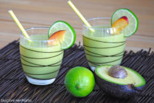 Smoothie avocado e pesche