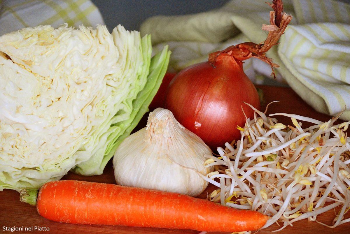 Ingredienti involtini primavera leggeri al forno