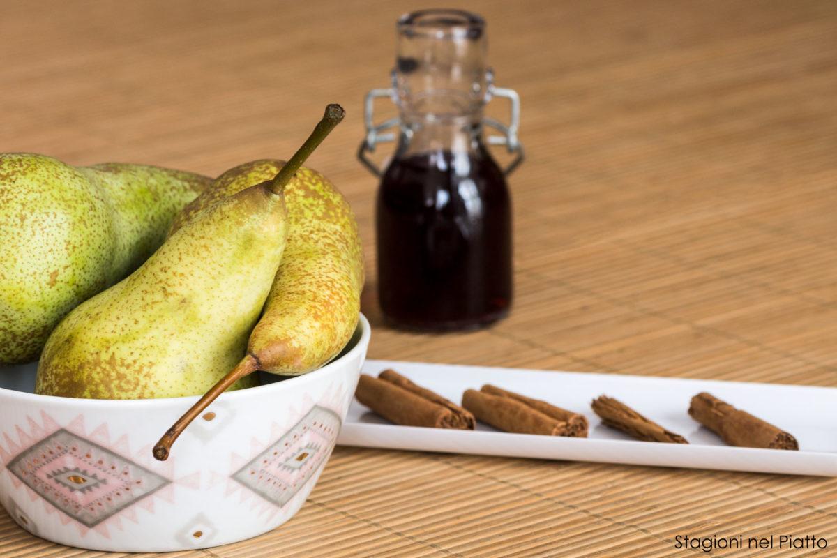 ingredienti pere al vino rosso speziate