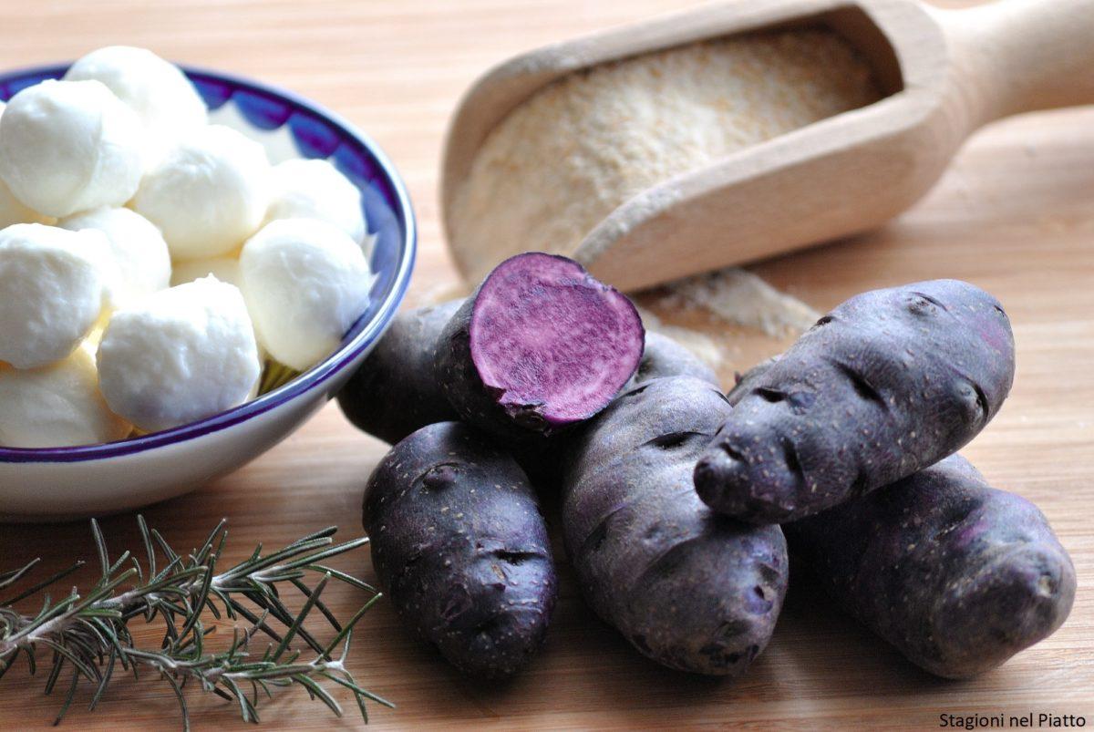 Ingredienti crocchette di patate viola con cuore di mozzarella