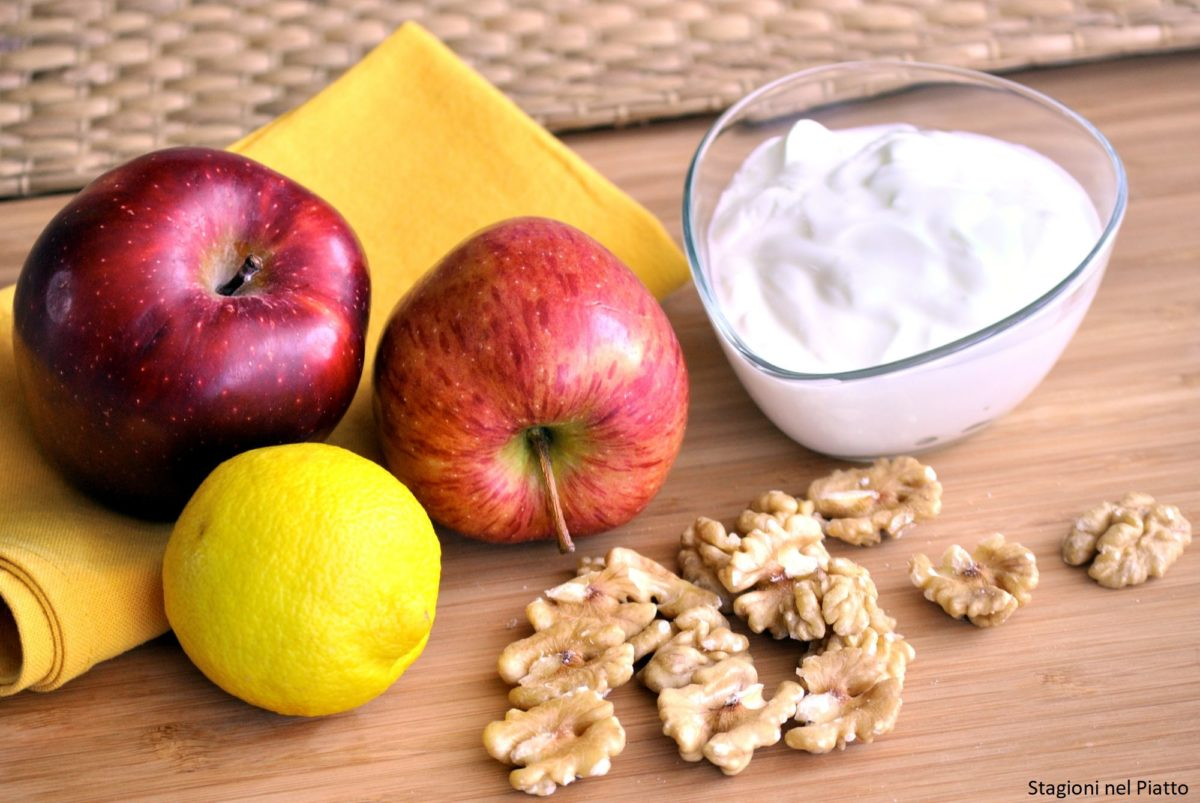 Ingredienti plumcake di mele e noci