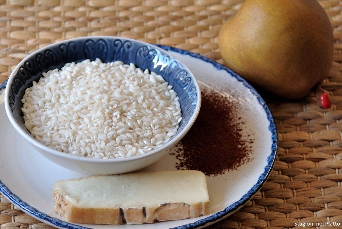 Ingredienti risotto pere e taleggio e cacao
