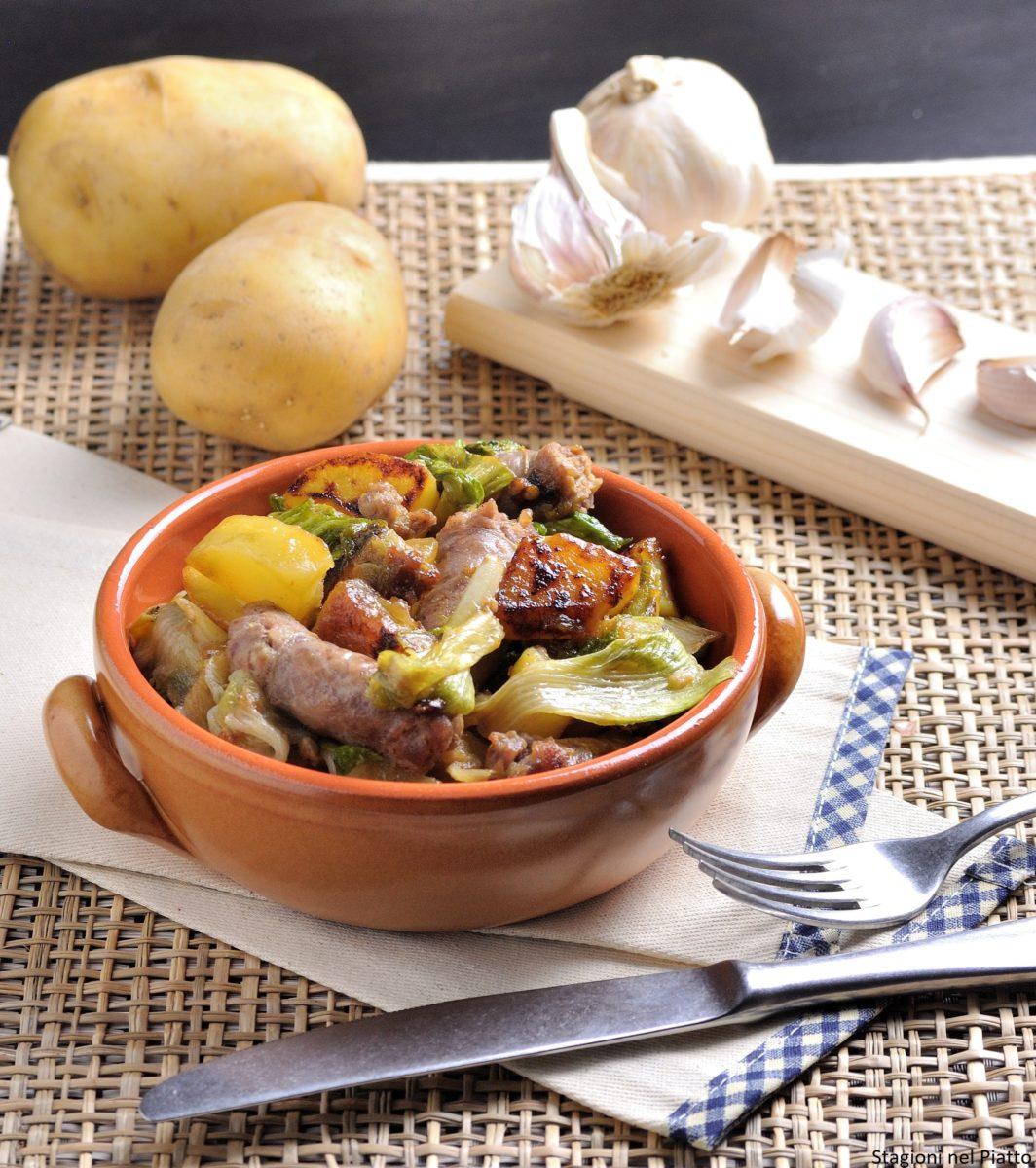 Salsiccia con patate e scarola
