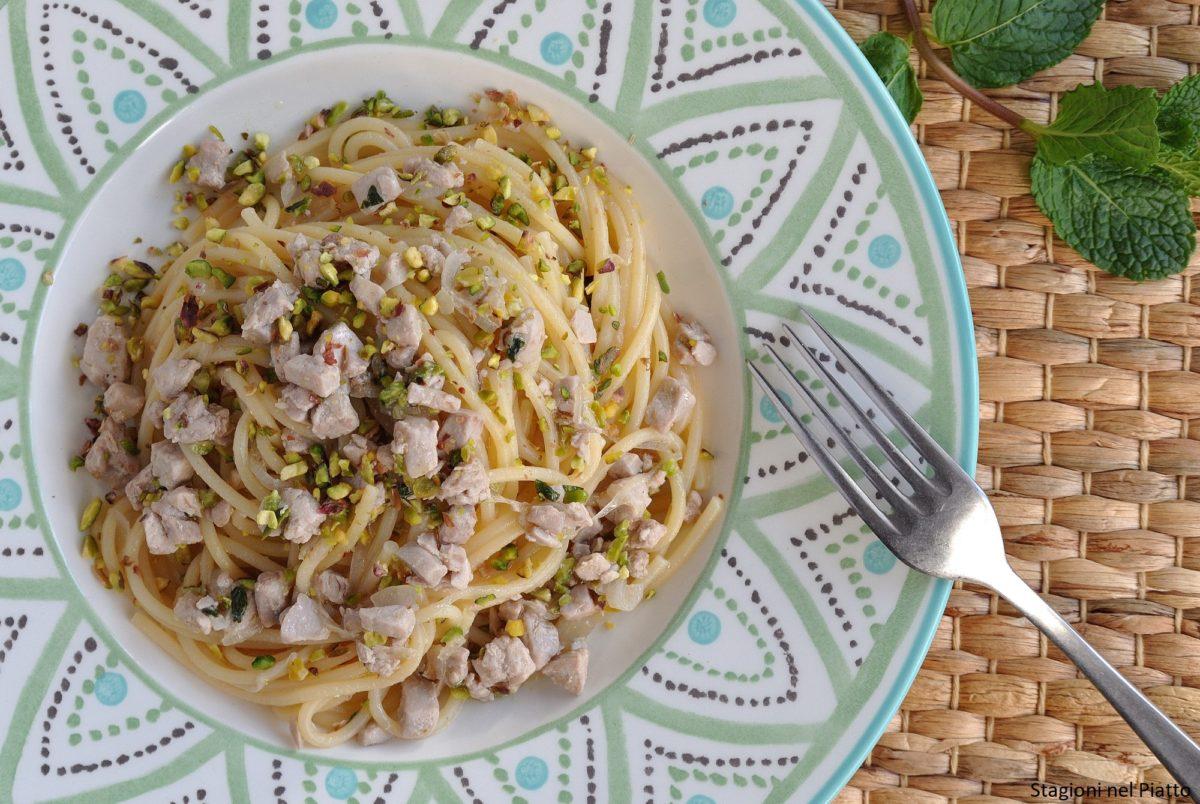 Pasta tonno e pistacchi