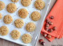 Biscotti con frutta secca e cocco
