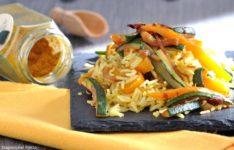 Riso al curry con verdure alla piastra