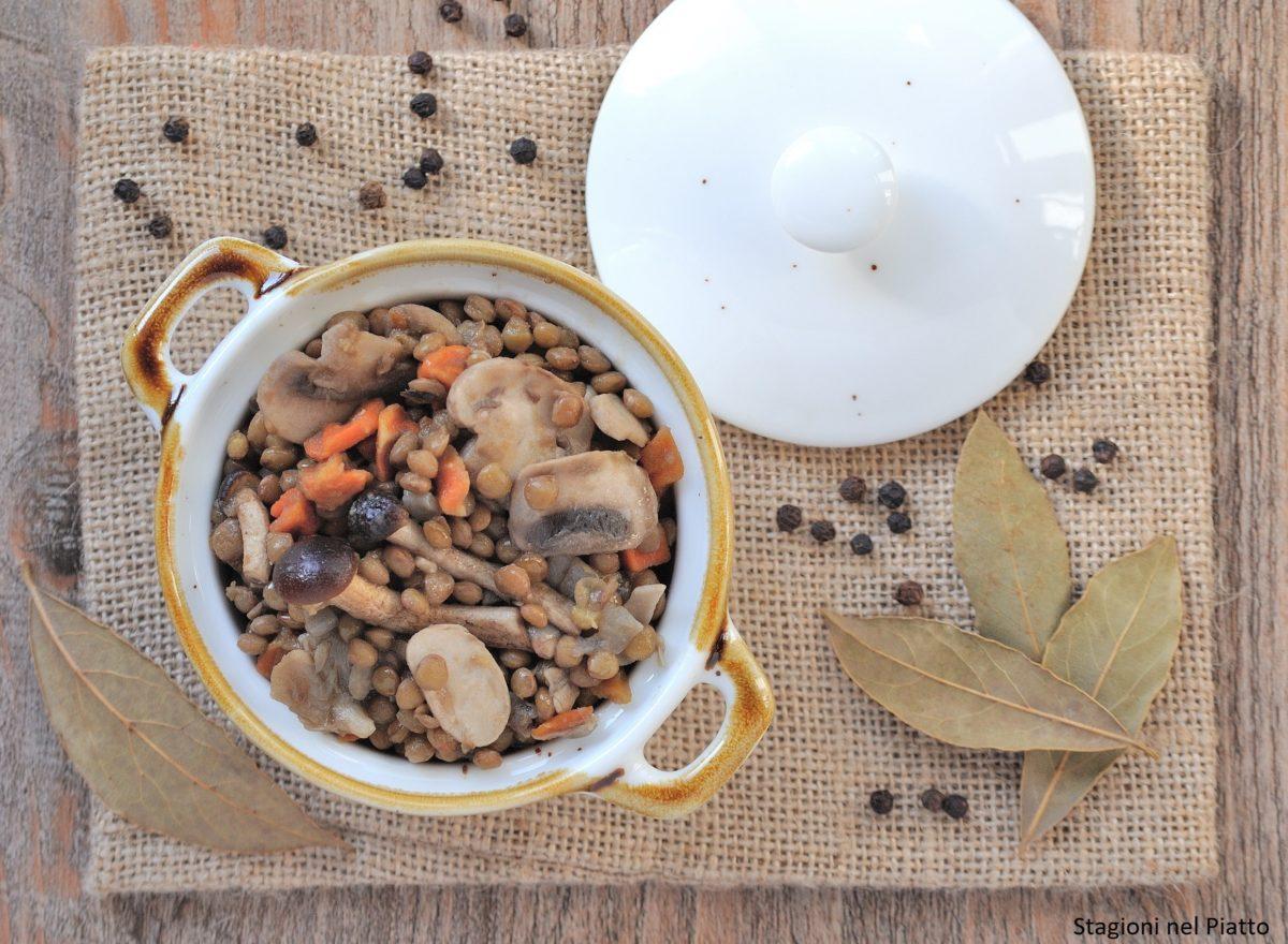 Lenticchie e funghi in padella