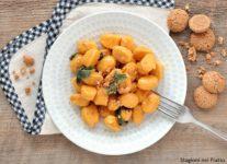gnocchi di zucca burro e salvia con amaretti