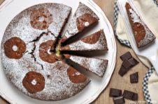 torta soffice al cacao e yogurt