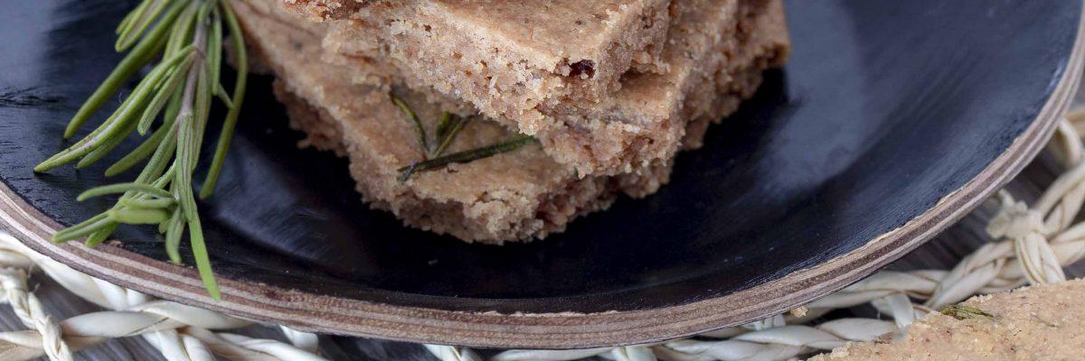 Biscotti salati al rosmarino